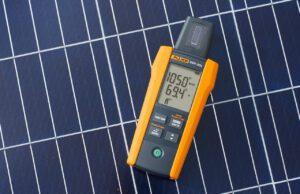 Medidor de irradiancia solar